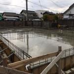 基礎コンクリート打ち完了 -木曽川の家